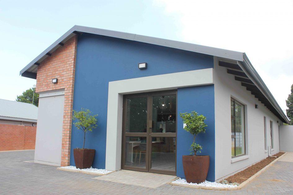 Davida van der Merwe Optometrist introduces new Victoria Road premises